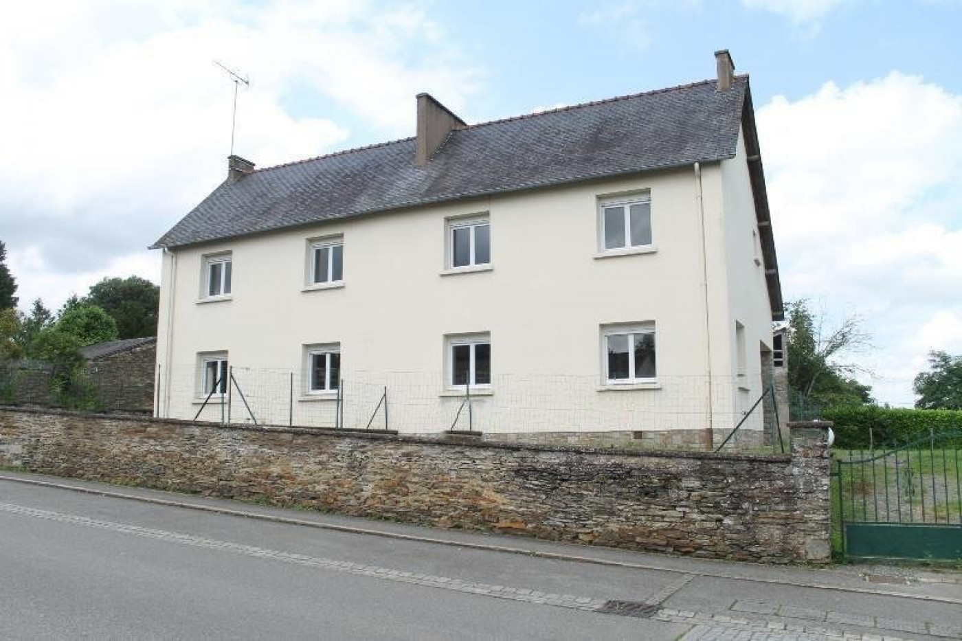 A vendre Rouge 44015655 Agence porte neuve immobilier