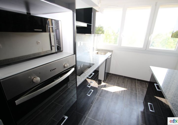 A louer Appartement Olivet | R�f 4500516202 - Ad hoc immobilier