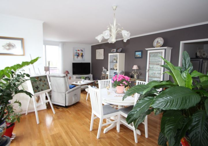A vendre Appartement r�nov� Orleans | R�f 4500554466 - Ad hoc immobilier