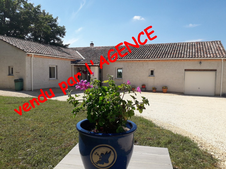 A vendre Mauroux 4700615 Action immobilier