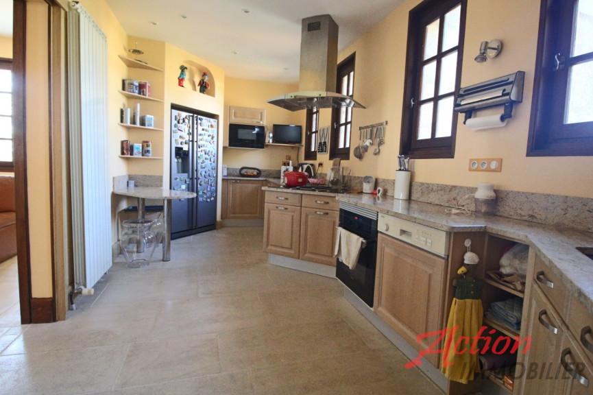 A vendre  Fumel   Réf 470064482 - Action immobilier
