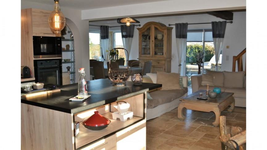 A vendre  Cuzorn   Réf 470065008 - Action immobilier