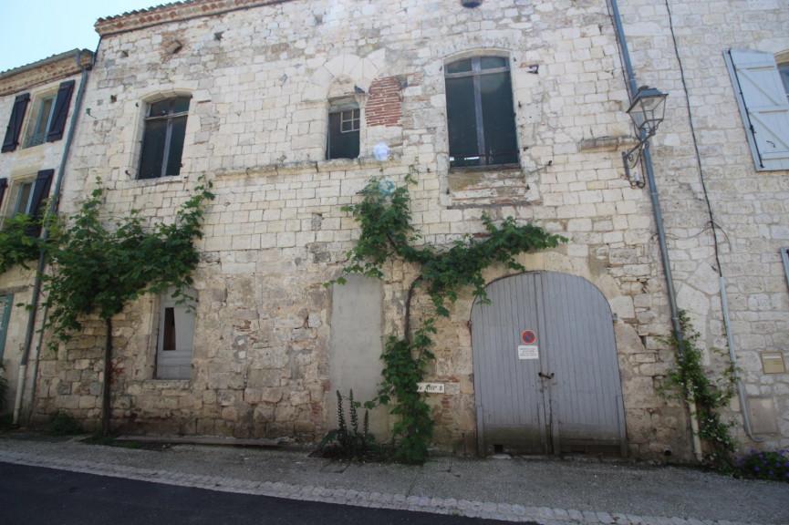 A vendre  Tournon D'agenais   Réf 470065016 - Action immobilier