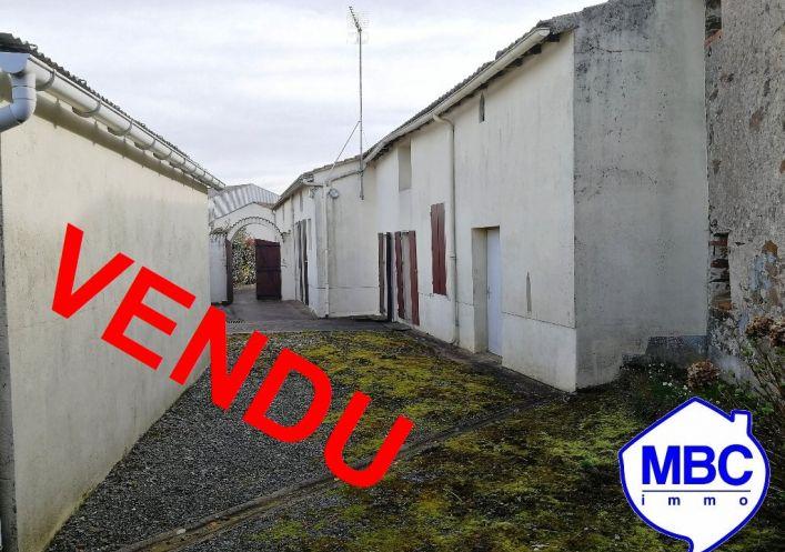 A vendre Saint Pierre Montlimart 490031172 Mbc immo