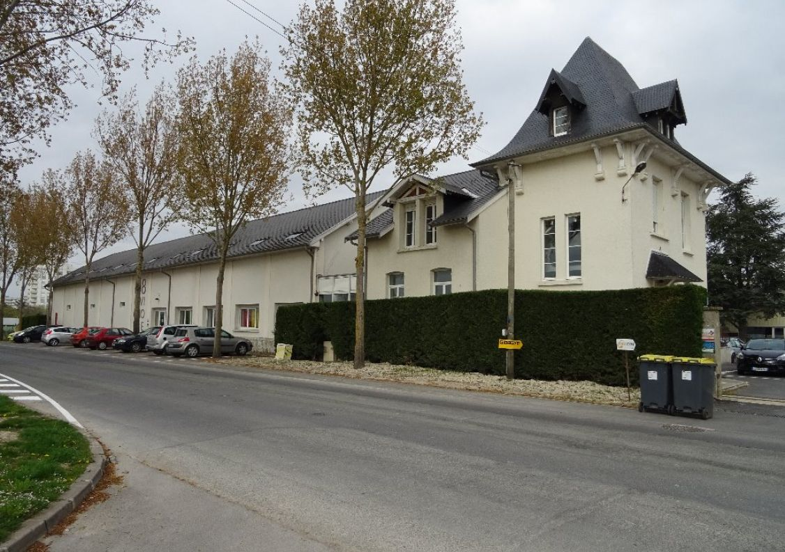 A louer Reims 51001132 D-ker immo