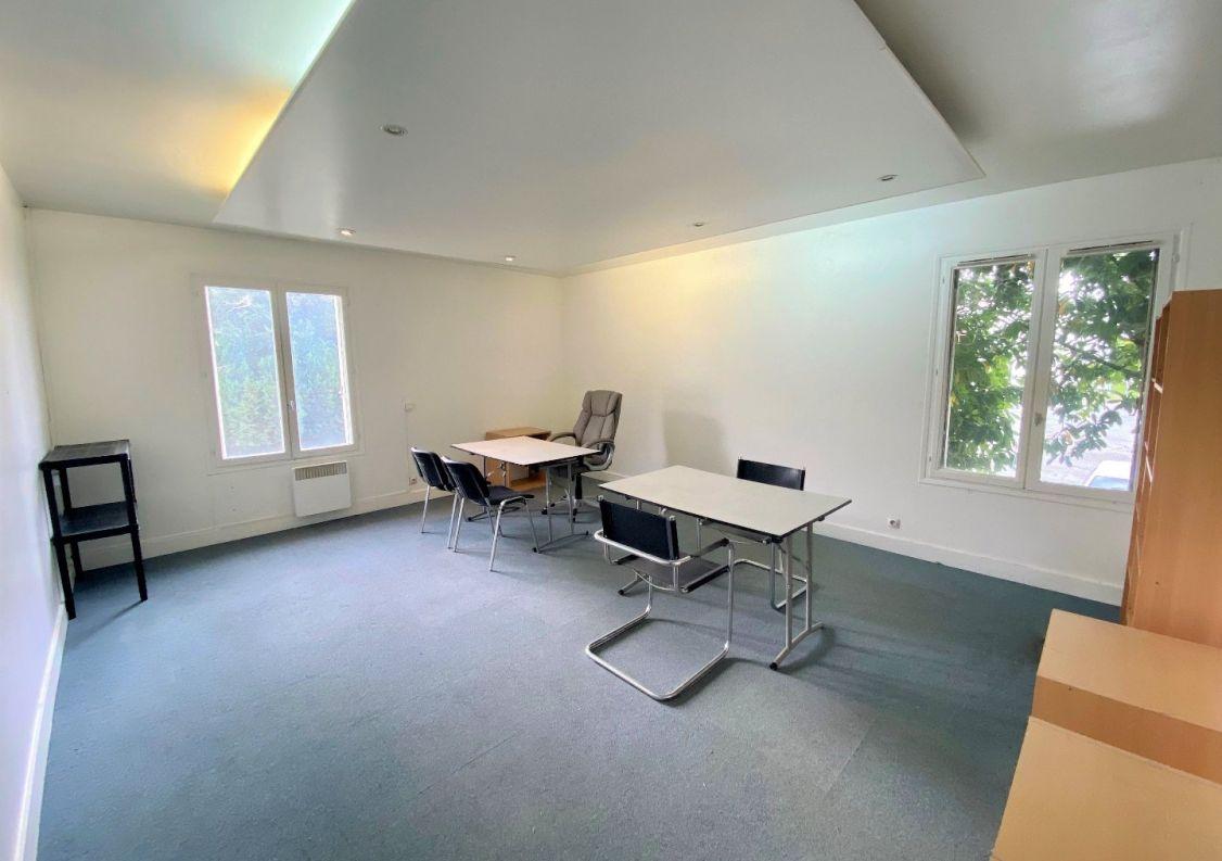 A louer Bureau Reims   Réf 5100255 - D2m immobilier