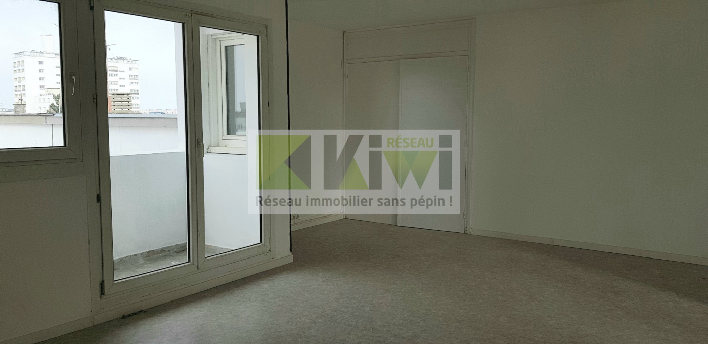 For sale  Calais   Réf 590132099 - Kiwi immobilier