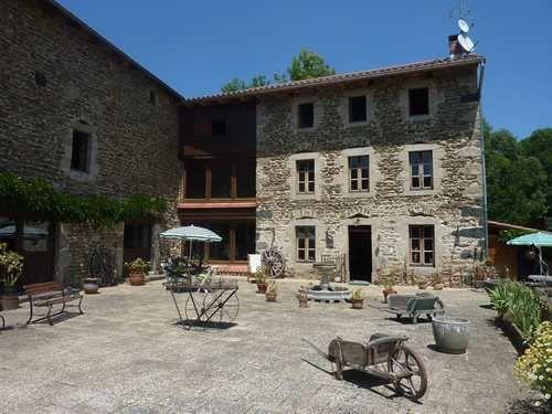 A vendre Saint Bonnet Le Chastel 63001332 Auvergne properties