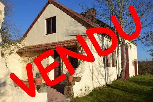A vendre Saint Bonnet De Four 63001374 Auvergne properties