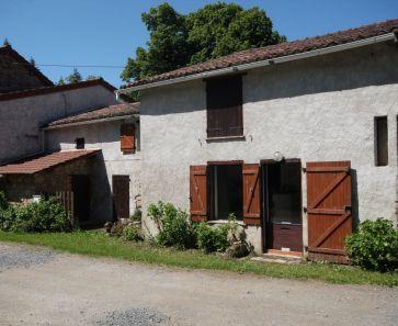 A vendre Chateldon  63001602 Auvergne properties