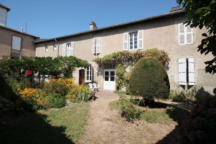 A vendre Le Mayet De Montagne 63001637 Auvergne properties