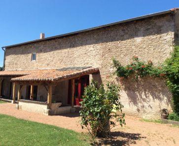 A vendre Saint Germain Des Fosses  63001645 Auvergne properties