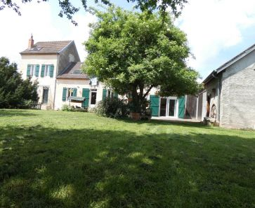 A vendre Marcenat  63001705 Auvergne properties