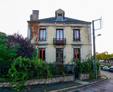 For sale Saint Pourcain Sur Sioule  63001724 Auvergne properties