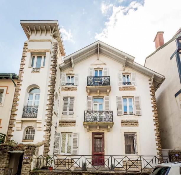 appartement en location biarritz r g20 immobilier. Black Bedroom Furniture Sets. Home Design Ideas