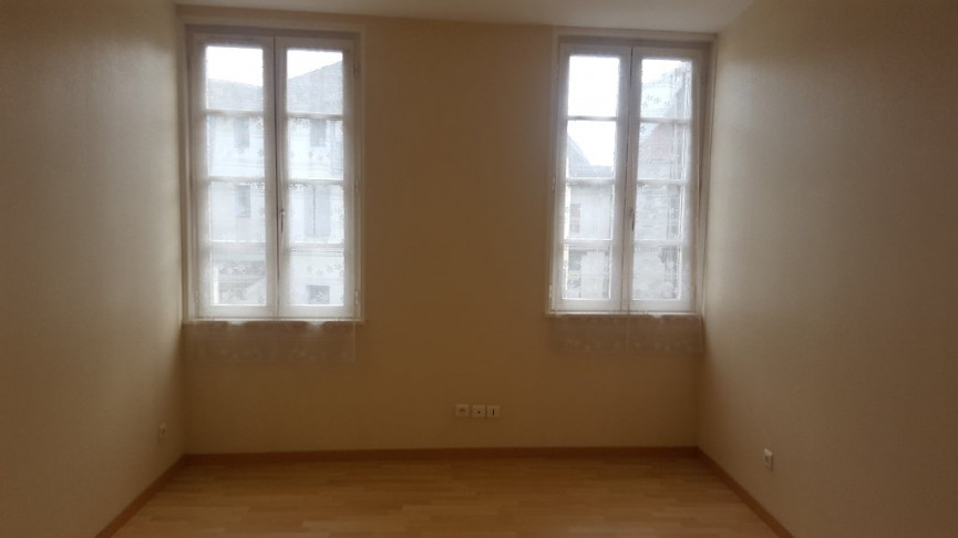 A vendre Salies De Bearn 64026145 Hélène immo