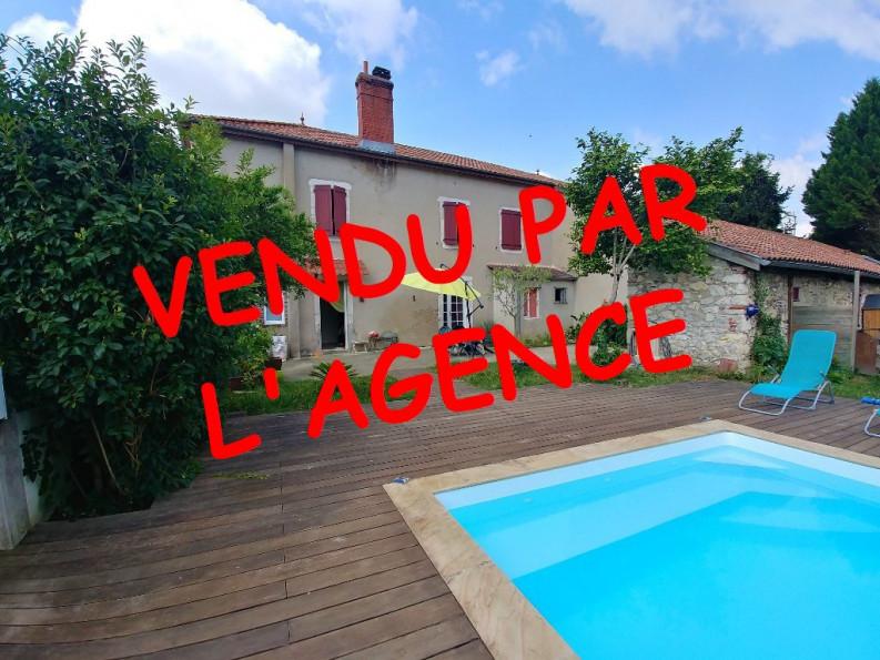A vendre  Puyoo   Réf 64026201 - Hélène immo