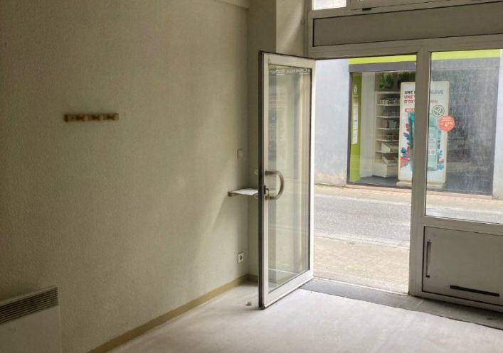 A vendre Local commercial Oloron Sainte Marie | Réf 640299986 - Cofim