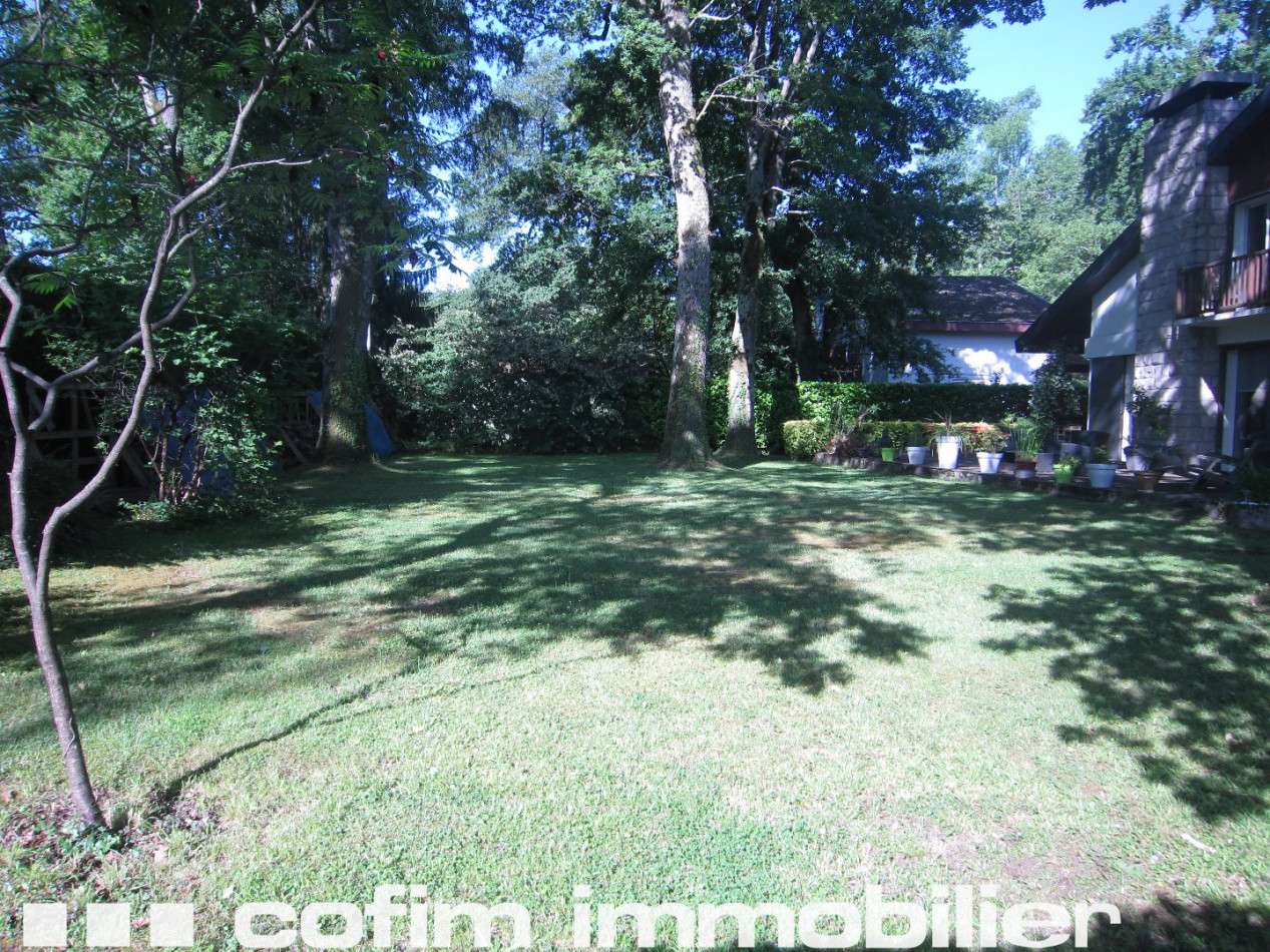 A vendre Pau 640359187 Cofim
