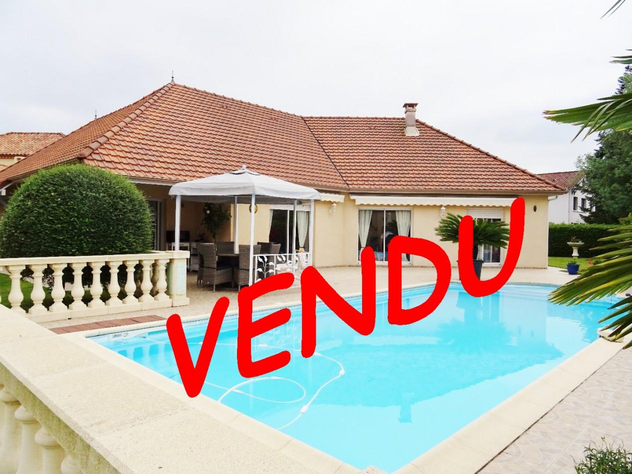 A vendre  Idron   Réf 6403674736 - Cofim
