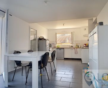 A vendre Theze  640431415 Log'ici immobilier