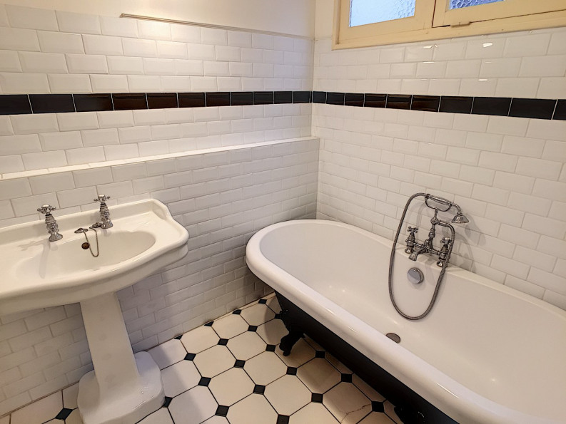 A vendre  Pau   Réf 640531918 - Smb habitat