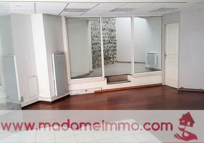 A vendre Nay 650031205 Madame immo