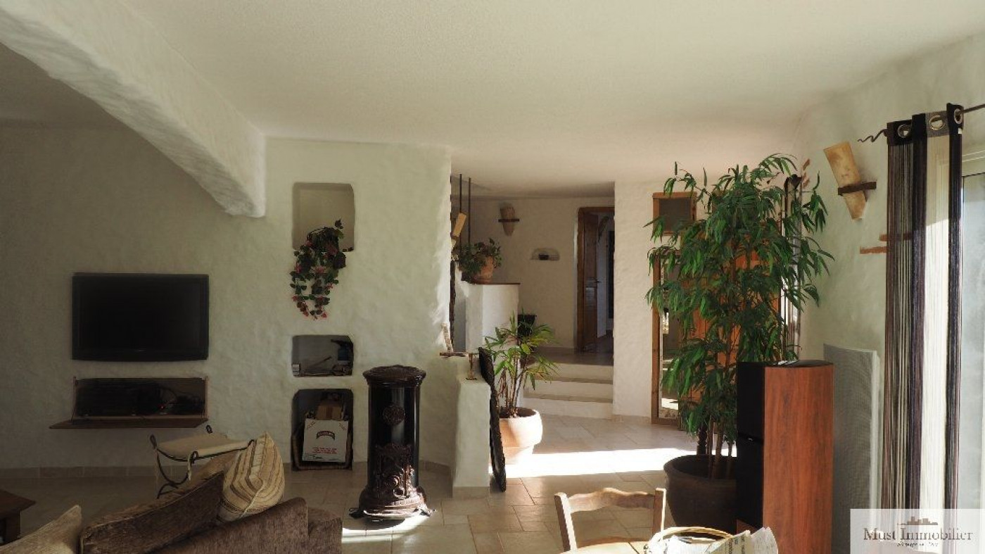 A vendre Ceret 660342585 Must immobilier