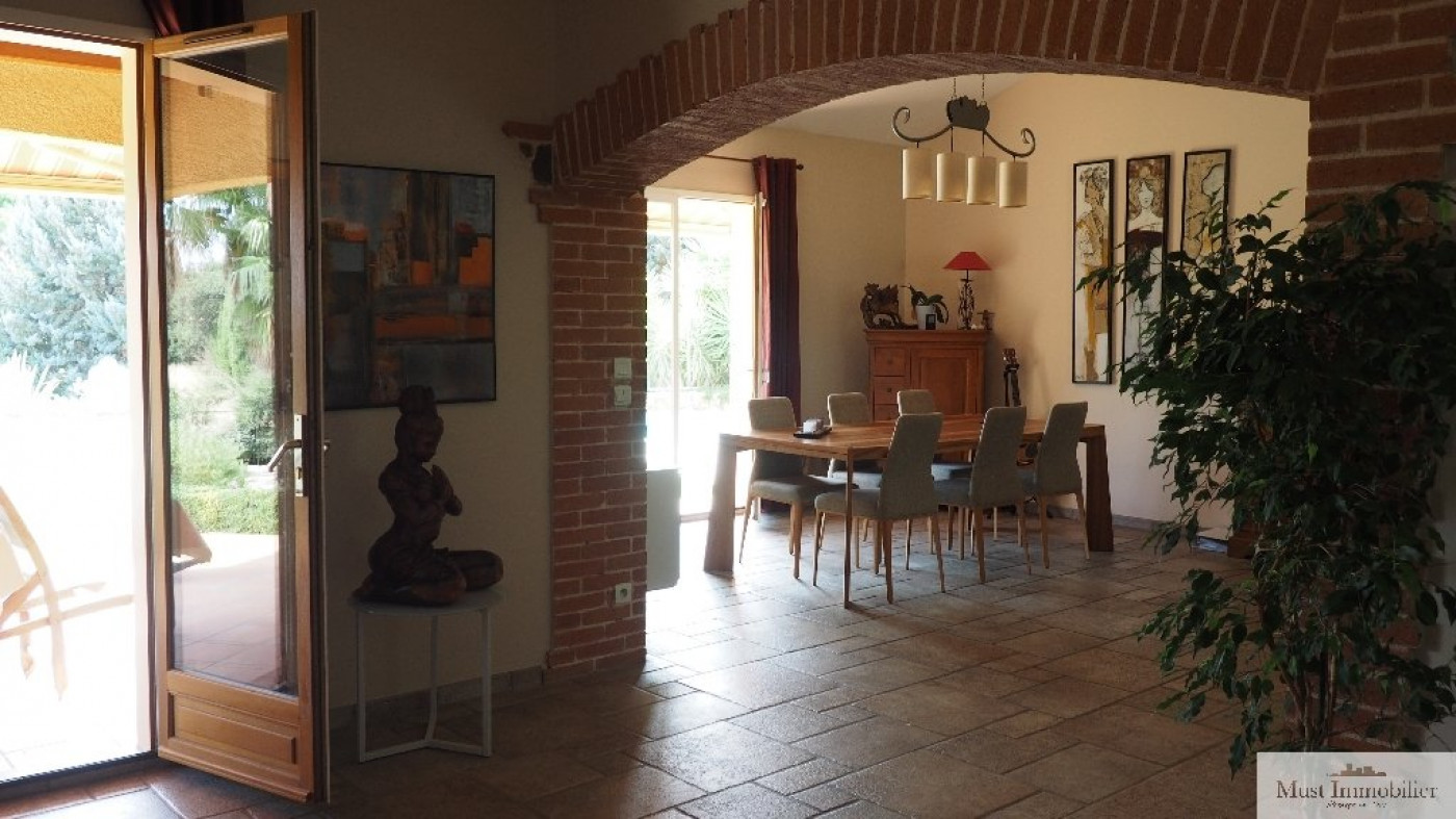 A vendre Canohes 660342860 Must immobilier