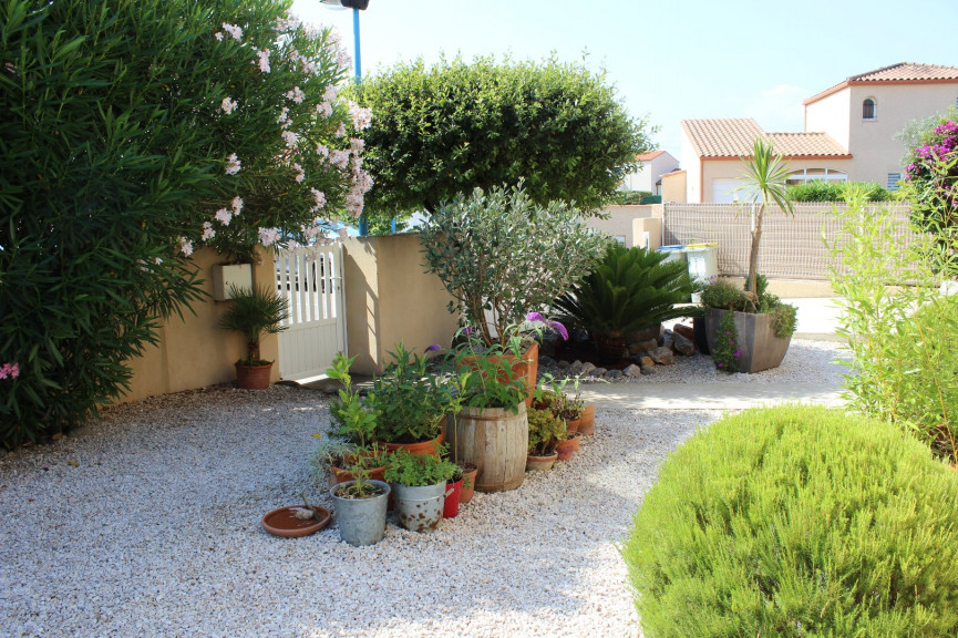 A vendre Saint Cyprien 660441166 Agence le lagon