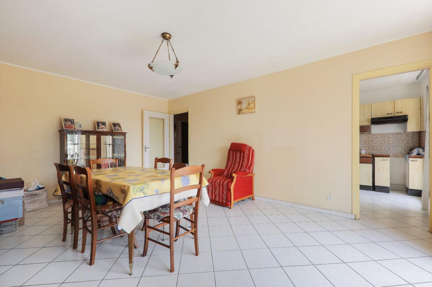 A vendre Oullins 690042245 Casarèse