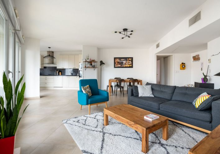 A vendre Appartement rénové Lyon 7eme Arrondissement | Réf 690044127 - Casarèse