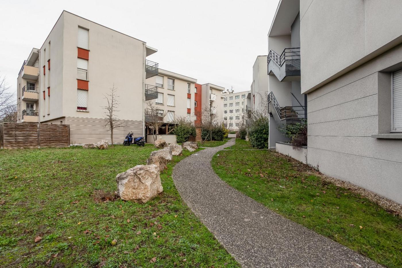 A vendre  Lyon 8eme Arrondissement | Réf 690044269 - Casarèse