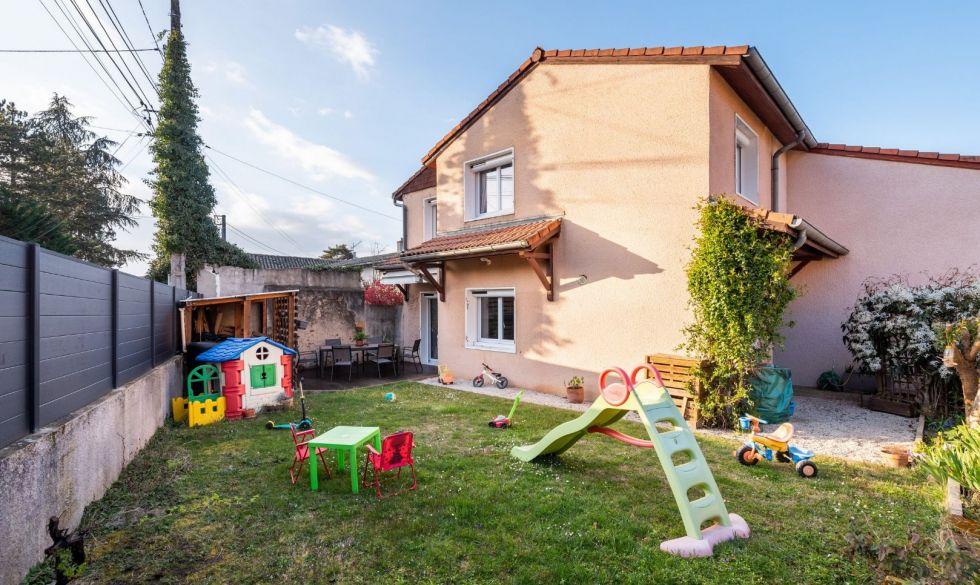 A vendre  Francheville   Réf 690044417 - Casarèse
