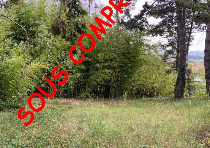 A vendre Terrain constructible Saint Martin La Plaine   Réf 690045152 - Casarèse