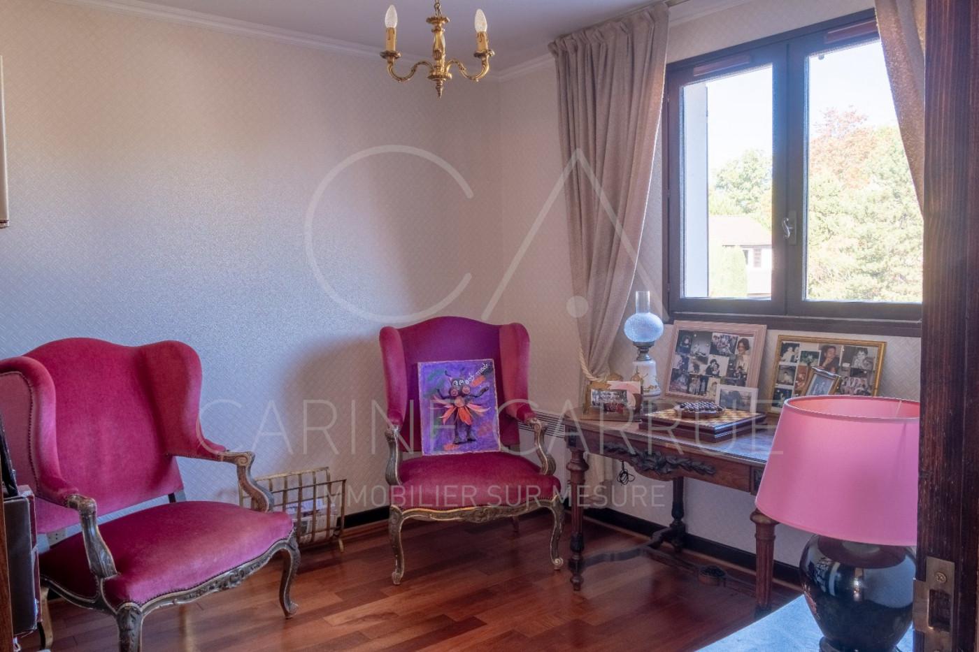 A vendre Charbonnieres Les Bains 6902419 Carrue immobilier