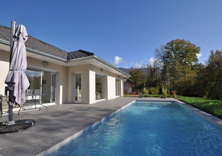 A vendre Villa Lathuile   Réf 740062568 - Jardin privé immobilier