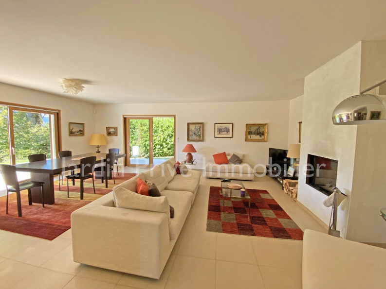 A vendre  Menthon Saint Bernard   Réf 740063046 - Jardin privé immobilier