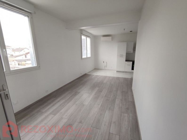 For sale Neuilly Plaisance 7401419409 Rezoximo