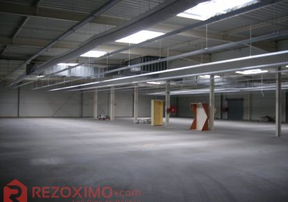 A vendre Locaux d'activité Terrasson Lavilledieu | Réf 7401419725 - Rezoximo