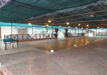 A vendre Immeuble Savonnieres   Réf 7401419976 - Rezoximo