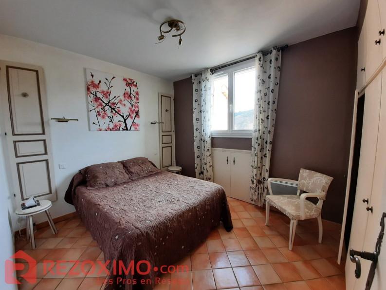 A vendre  Allemagne En Provence   Réf 7401420531 - Rezoximo