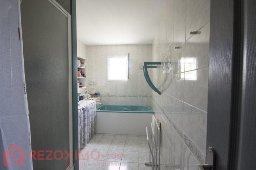 A vendre  Saint Vivien   Réf 7401420622 - Rezoximo