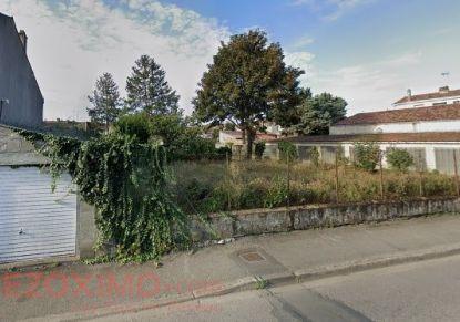 A vendre Terrain constructible Fontenay Le Comte | Réf 7401420799 - Rezoximo