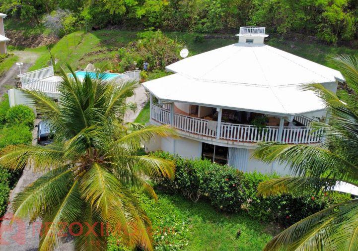 A vendre Villa d'architecte Case Pilote | R�f 7401421031 - Rezoximo
