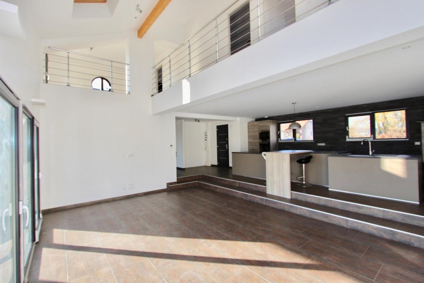 A vendre Cuvat 74023128 Resonance immobilière