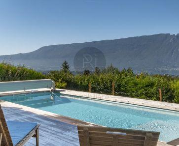 A vendre  Aix Les Bains   Réf 74023302 - Resonance immobilière
