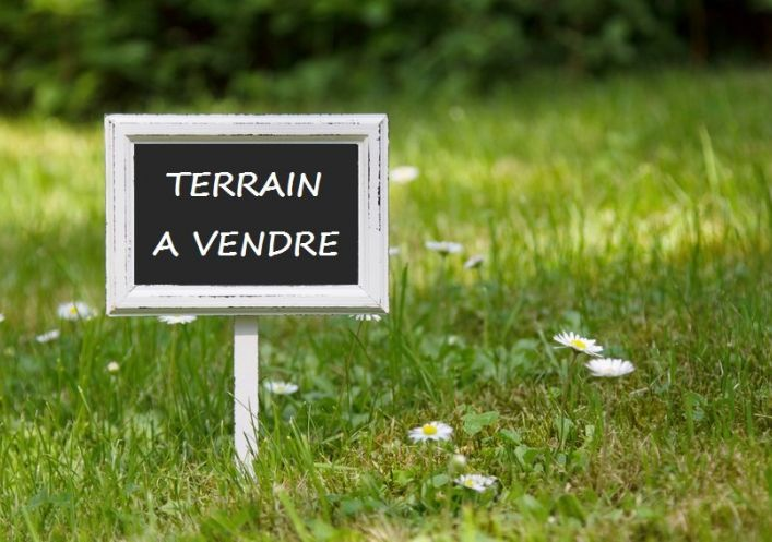 A vendre Terrain constructible Saone   Réf 75008103343 - Naos immobilier