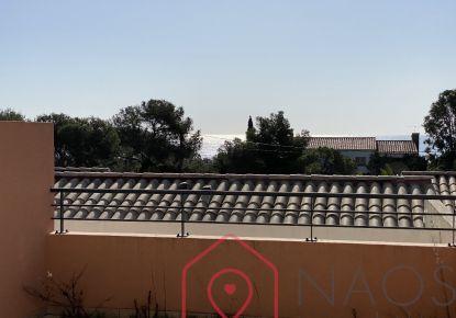 A vendre Appartement en résidence Roquebrune Sur Argens | Réf 75008103487 - Adaptimmobilier.com