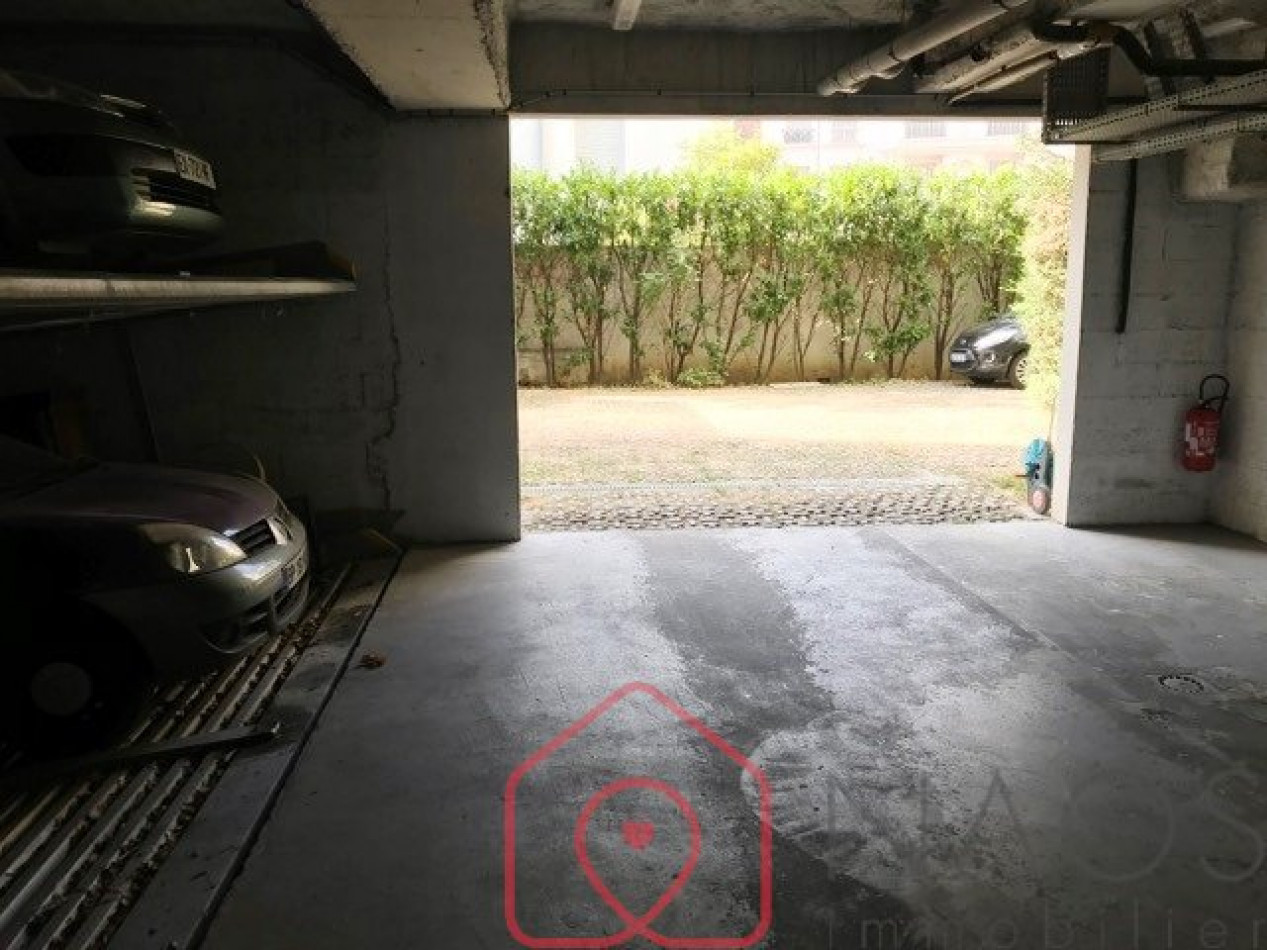 A vendre Courbevoie 7500880079 Naos immobilier